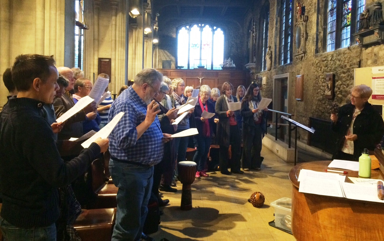 Alison is teaching new songs to an enthusiastic bunch of folk who came to the Wee Sing in London.